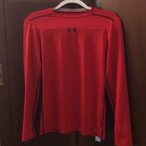 Under armor yxl heat gear shirt red